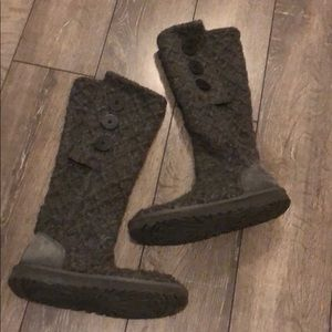 Women's UGG Sweater Boots size 7